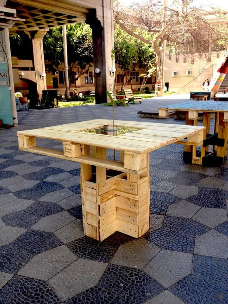 Pallet Patio Table