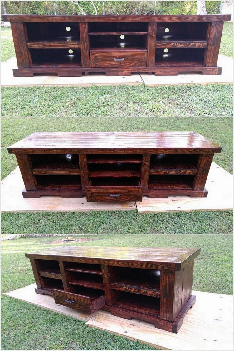 Wood Pallet Media Table with Storage
