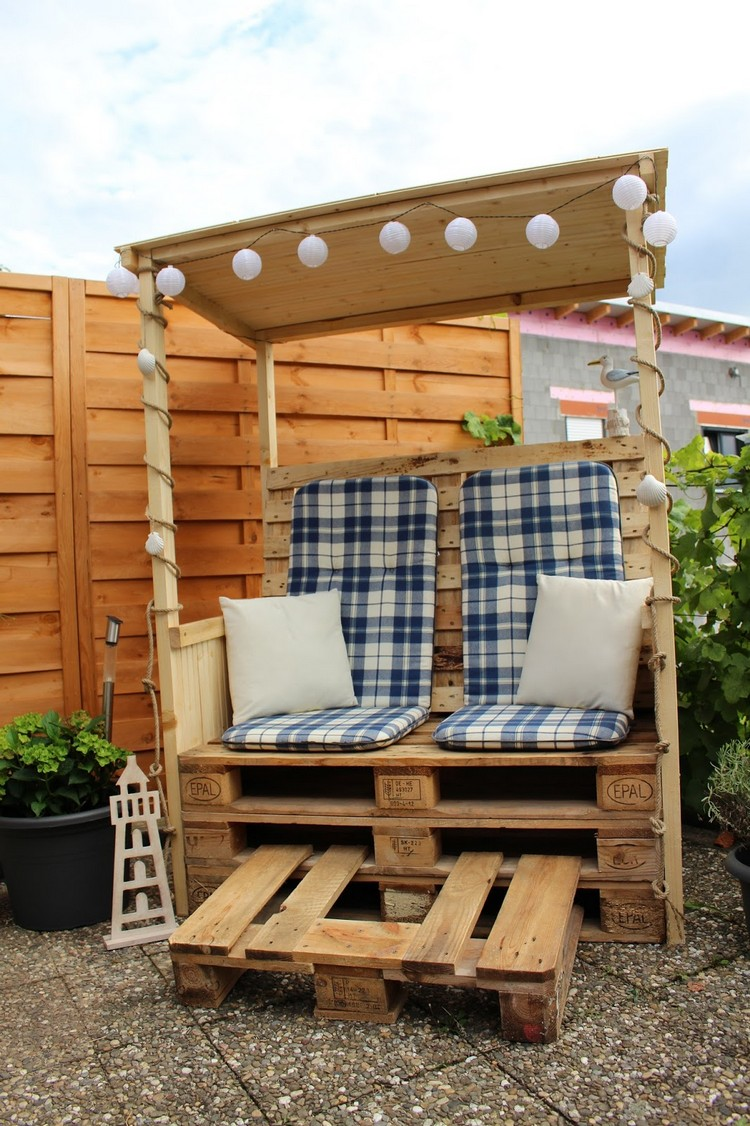 fun ways to repurposed the used wood pallets pallet wood projects. Black Bedroom Furniture Sets. Home Design Ideas