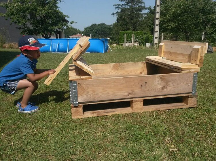 Foldable Wooden Pallet Sand Pit for Kids