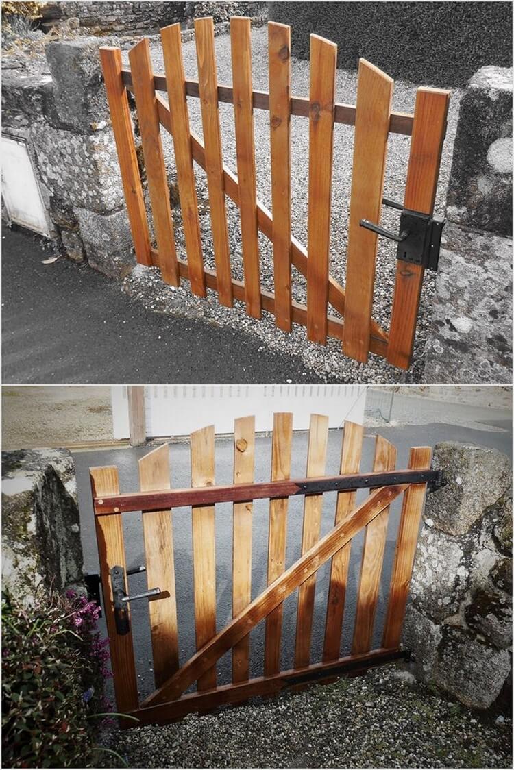 Wood Pallet Door