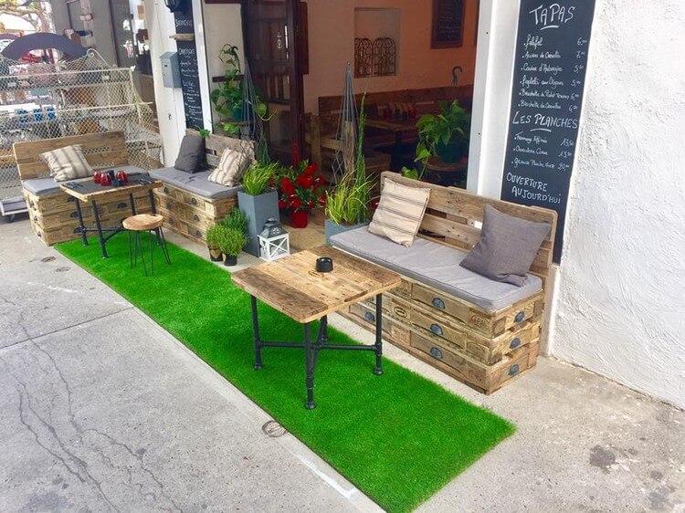 Wood Pallet Outdoor Seating Arrangement