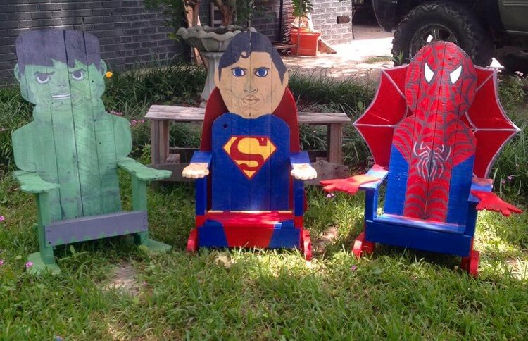 Cute Wooden Pallet Chairs for Kids