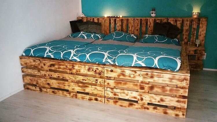 Giant Pallet Bed