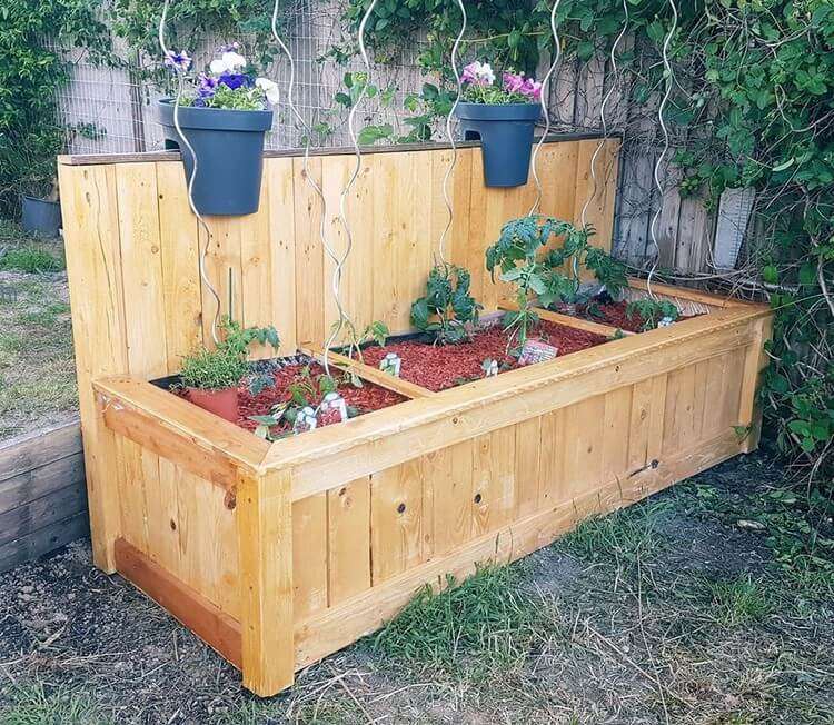 Giant Wood Pallet Planter