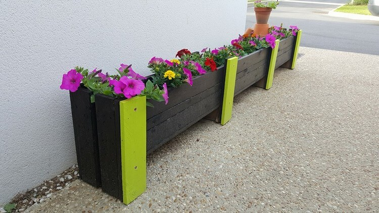 Giant Wooden Pallet Planter