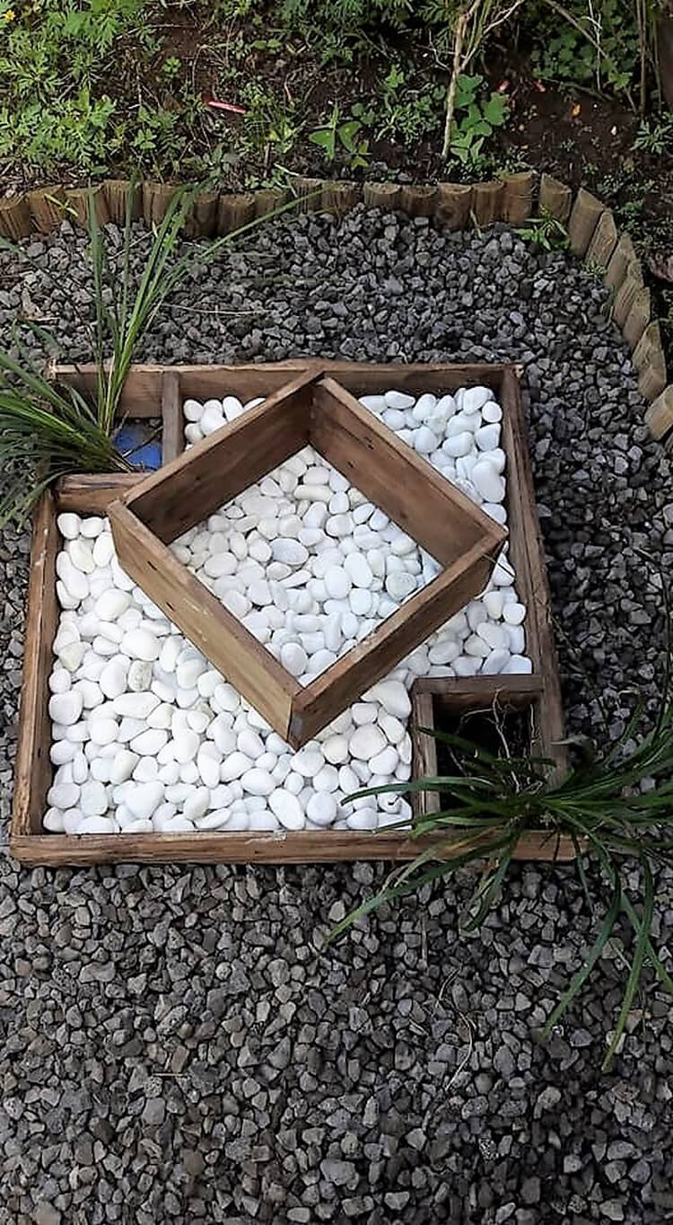 Pallet Decorative Planter