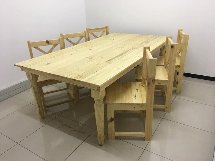 Pallet Dining Table with Chairs