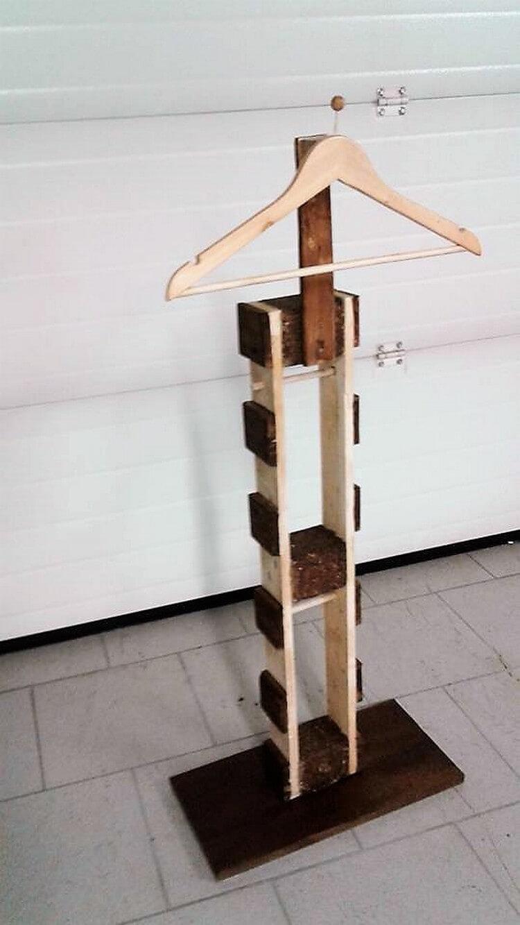 Pallet Hanger Stand