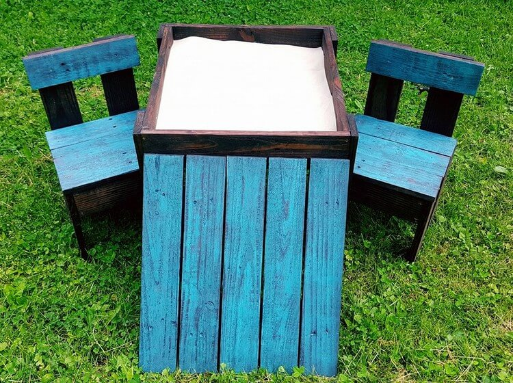 Pallet Kids Furniture