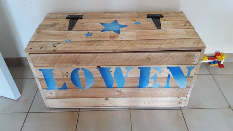 Pallet Made Toy Storage Box