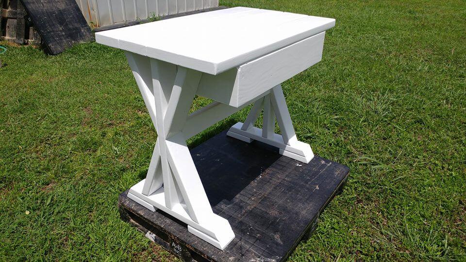 Pallet Mini Desk