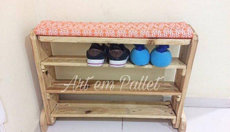 Pallet Seat with Shoe Rack