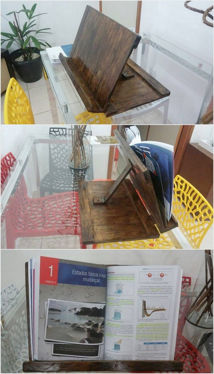 Pallet Stand for Books Reading