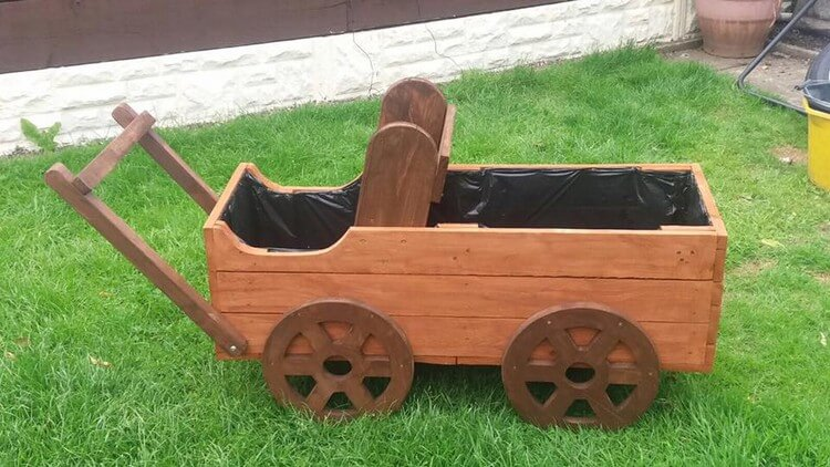 Pallet Wagon Planter