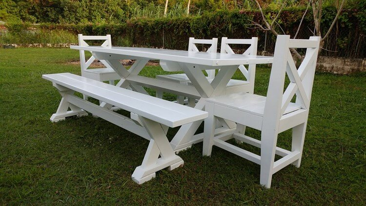 Pallets Dining Set