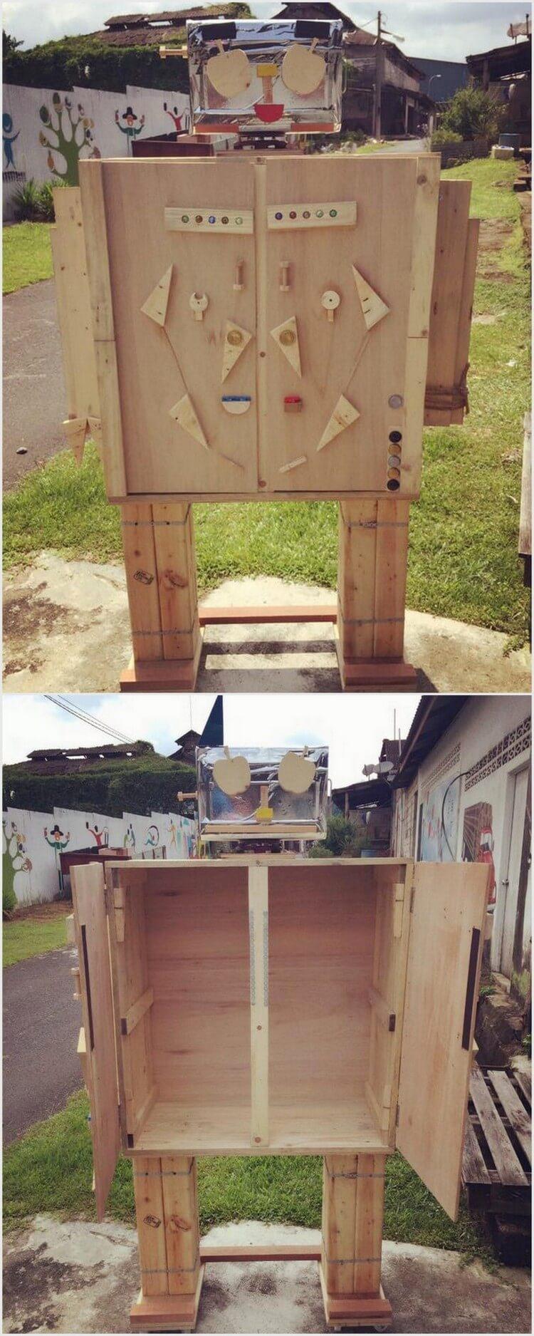 Robot Shape Pallet Storage Box