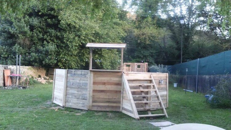 Recycled Wood Pallet Creation for Garden