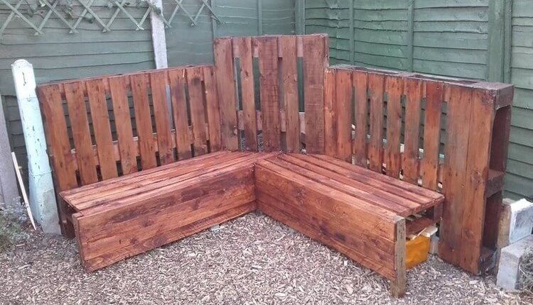 Unique Wooden Pallet Couch