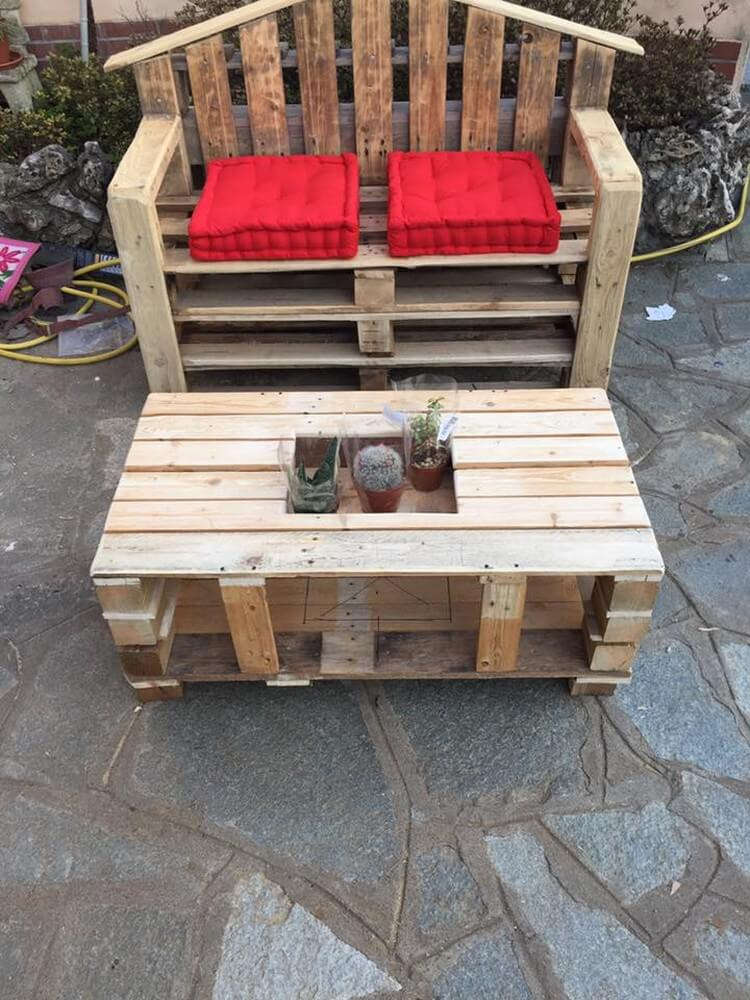 Wood Pallet Bench and Table