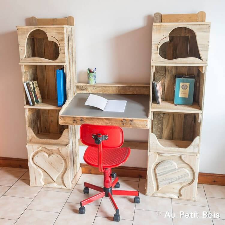 Wood Pallet Closet with Study Table Option