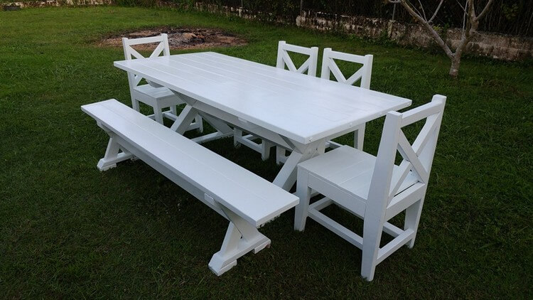 Wood Pallet Dining Set