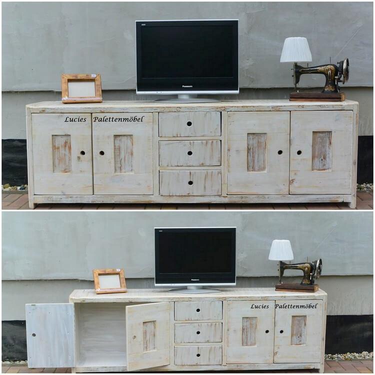 Wood Pallet Media Table – Cabinet