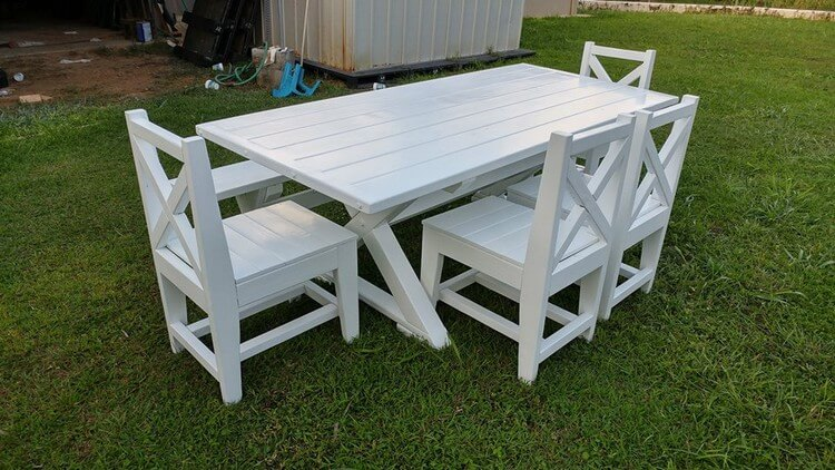 Wooden Pallet Dining Furniture Set