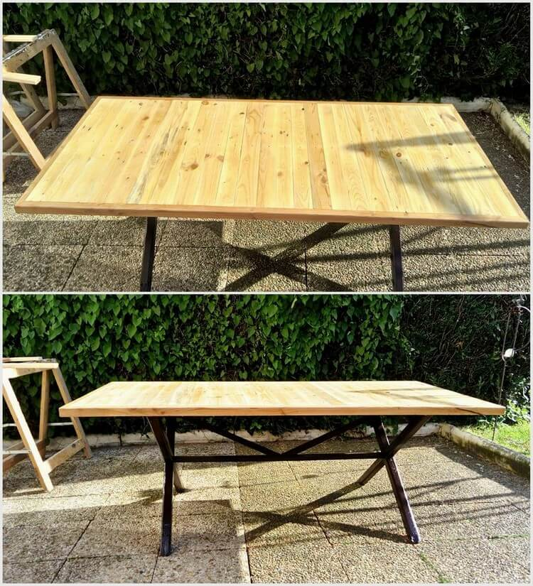 Wooden Pallet Table with Steel Feets