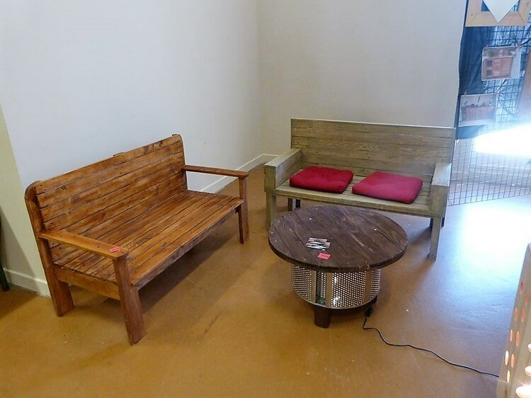 Pallet Benches and Round Table