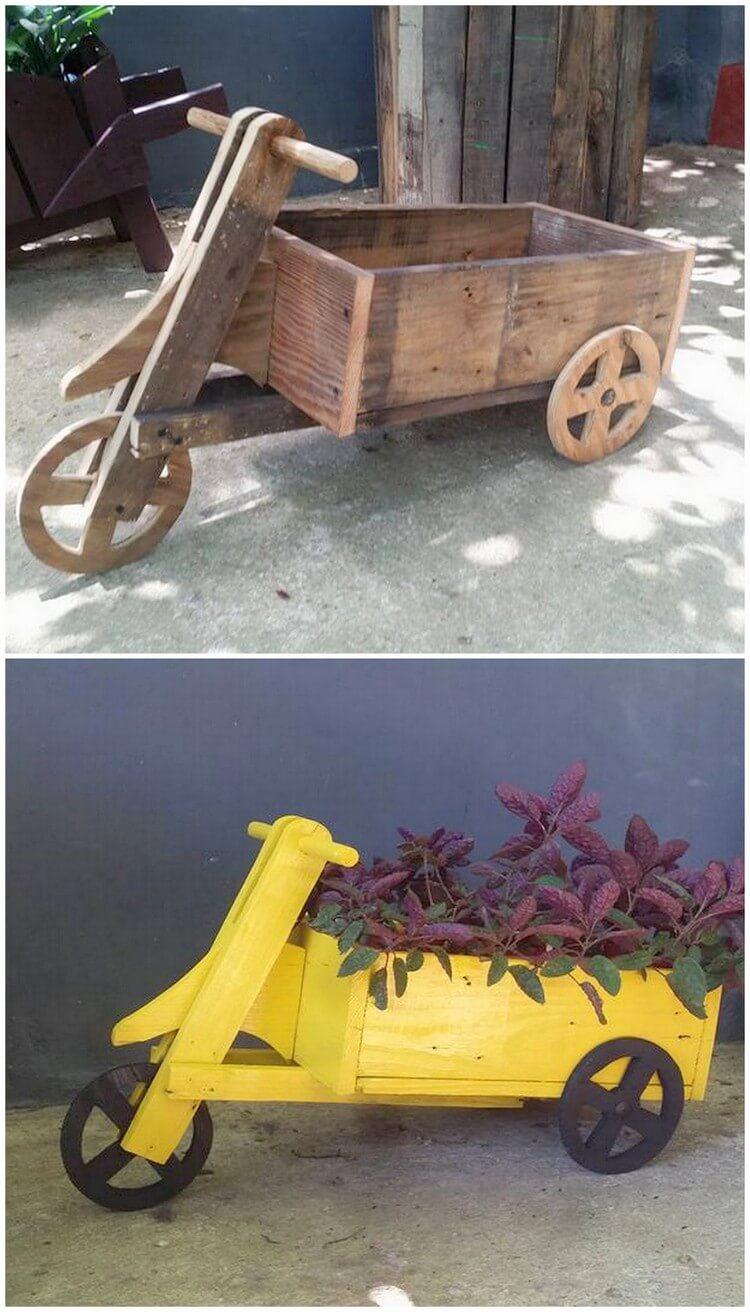 Pallet Bicycle Planter