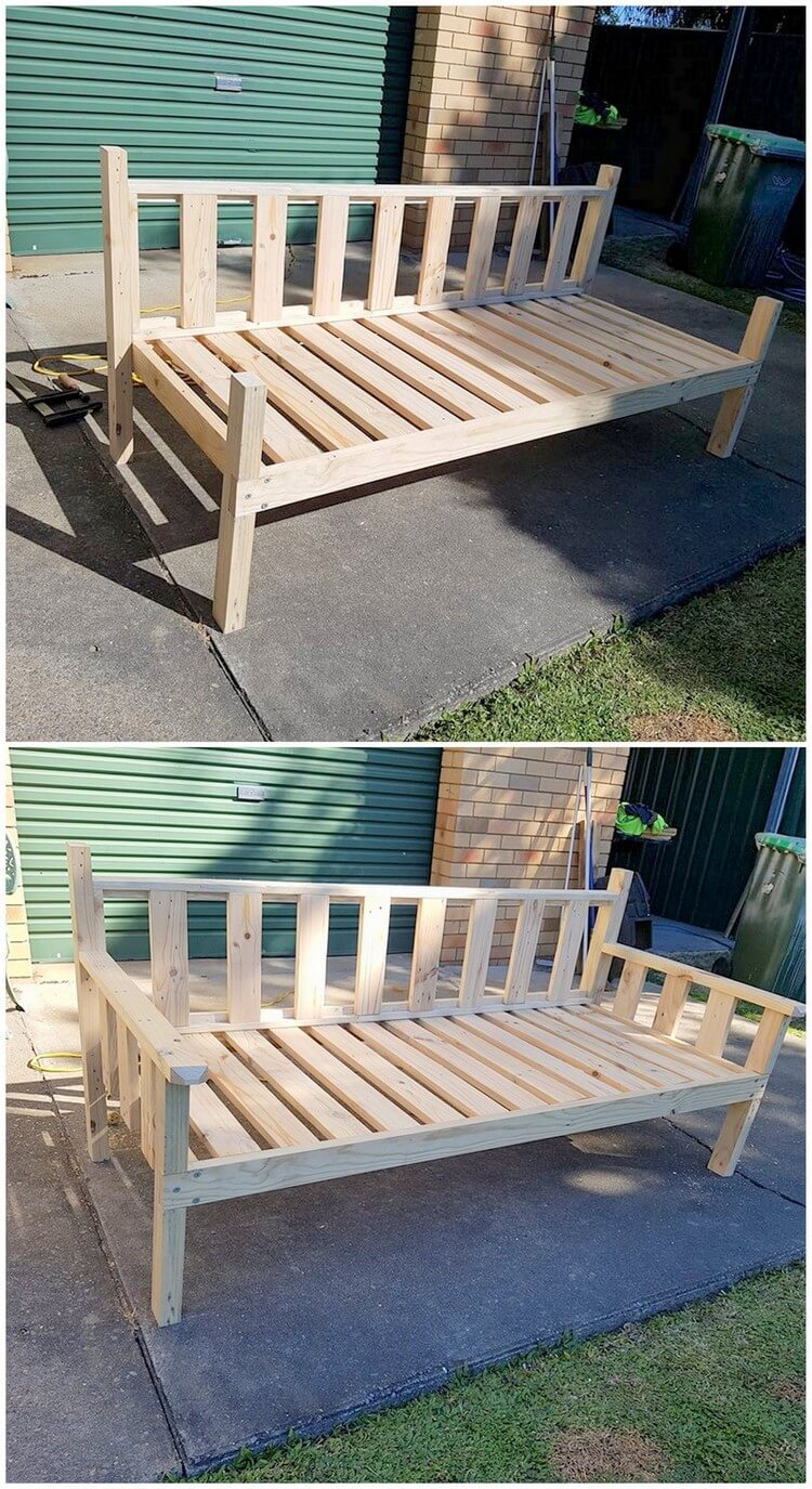 Pallet Daybed or Couch