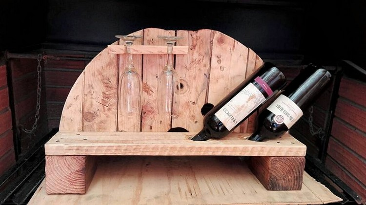 Genius ideas for reusing old wooden pallets pallet wood for How do you spell pallets