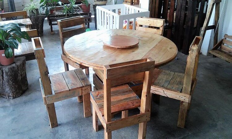Wood Pallet Round Table and Chairs