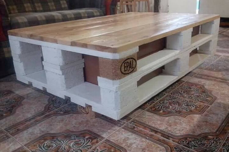 Lift Up Top Pallet Coffee Table