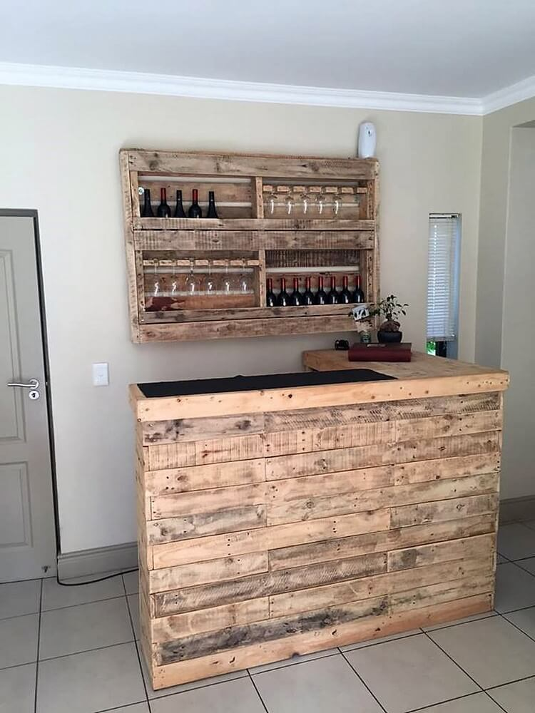 Amazing wood pallet ideas that are easy to make pallet for Pallet wine bar