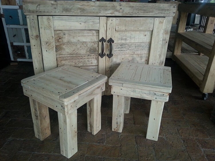 Pallet Cabinet and Stools