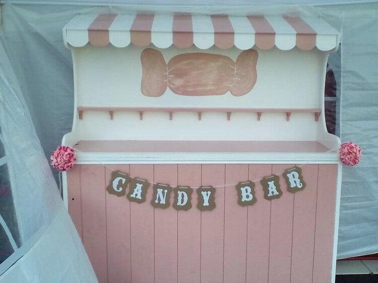 Pallet Candy Bar