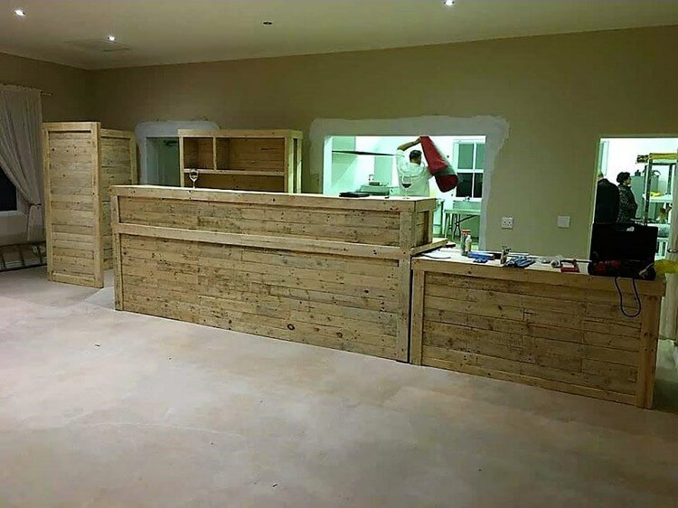 Pallet Counter Tables