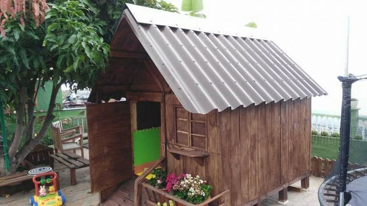Diy Wood Pallet Garden Shed Or Cabin Pallet Wood Projects