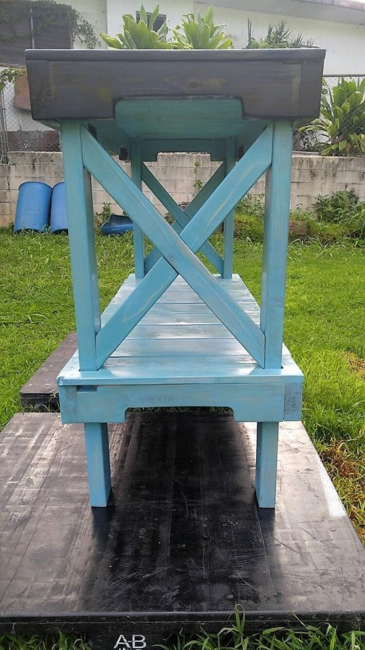 Pallet Laundry Room Rack