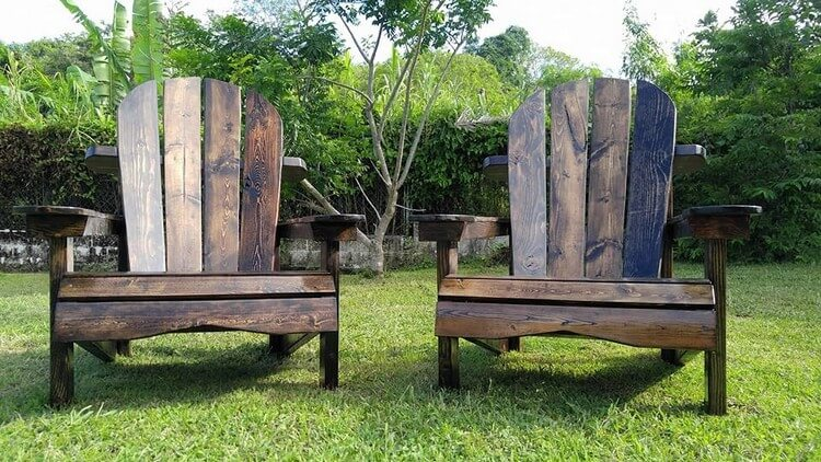 Pallet Patio Adirondack Set