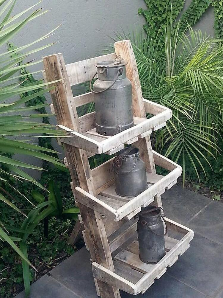 Convert old wood pallets into useful things pallet wood for Creation stand