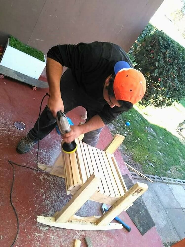 Pallet Rocking Chair Step by Step