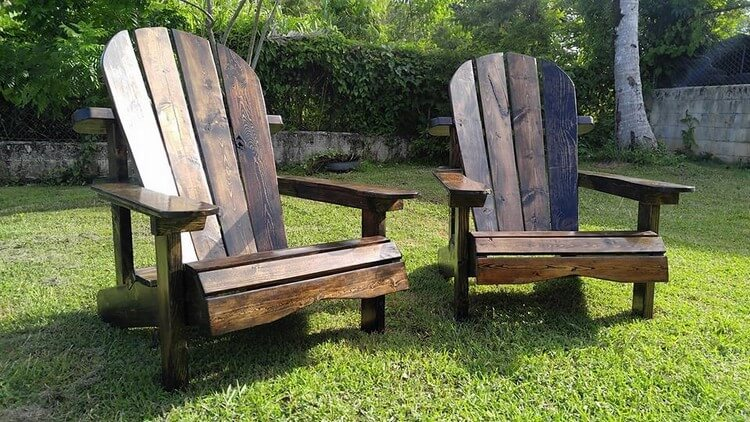 Wood Pallet Patio Adirondack