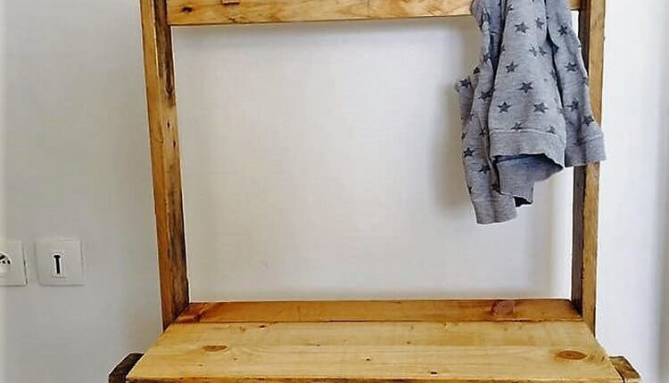 Wooden Pallet Hall Tree and Coat Rack
