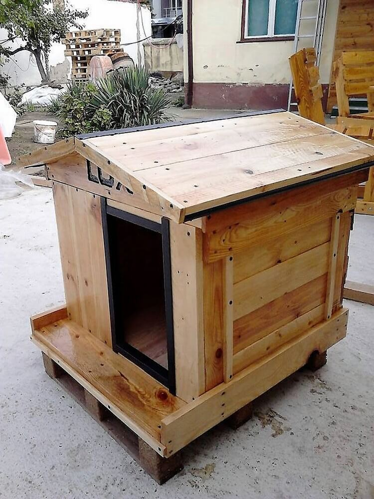 DIY Wood Pallet Cat House