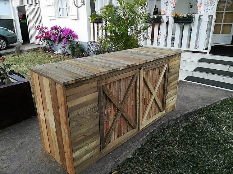 Pallet Pool Pump Furniture Idea