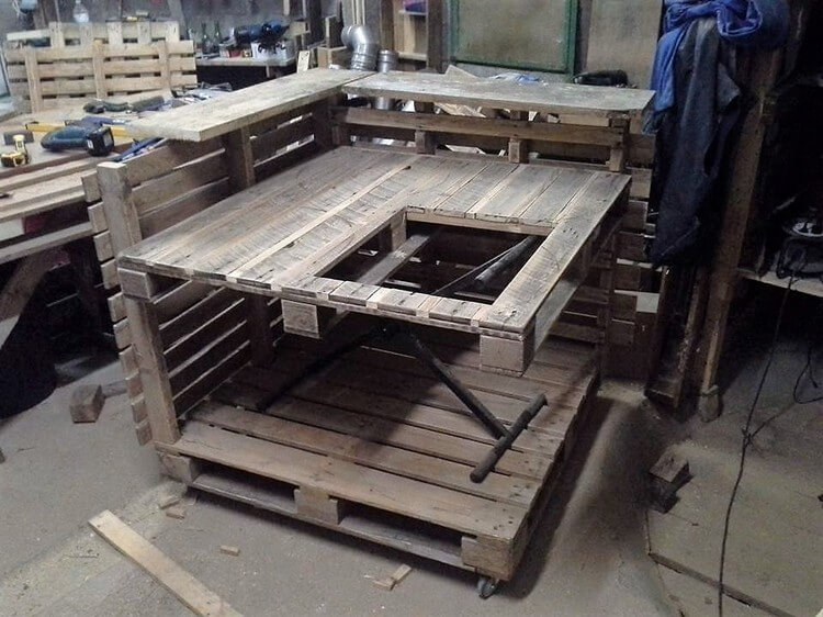Recycled Pallet Kitchen Island