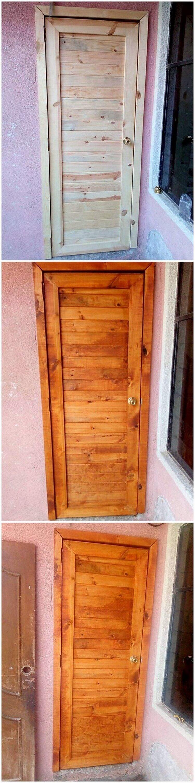 Wood Pallet Door (2)